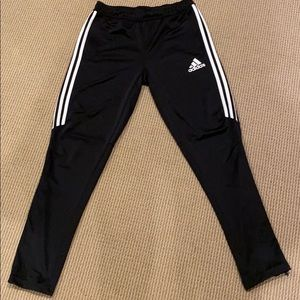 🔴ADIDAS YOUTH PANT WITH ZIPPER NWOT